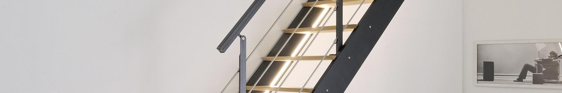Escaliers intérieurs, en bois ou aluminium, de la marque Burger